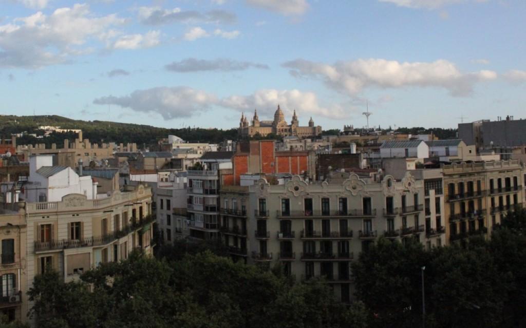 Barcelona-view-of-Montjuic-castle