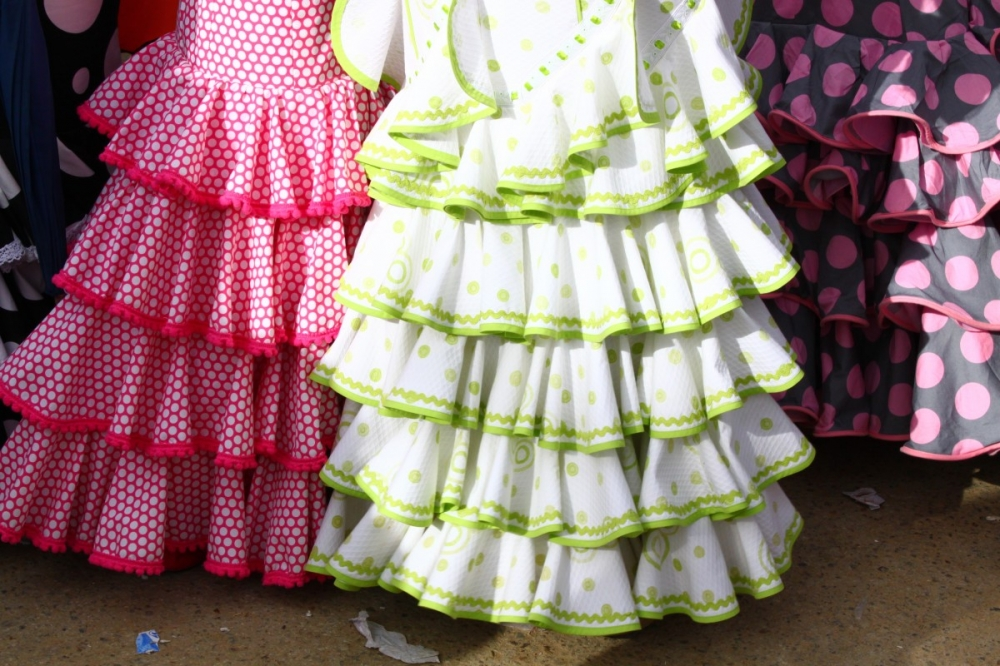 Feria-de-Abril-Sevilla-2012-traditional-clothing-skirts