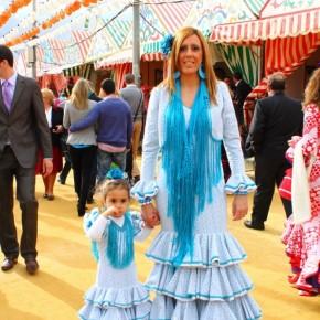 Feria-de-Abril-Sevilla-2012-traditional-clothing