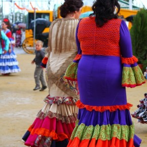 Feria-de-Abril-Sevilla-2012-traditional-clothing-dresses