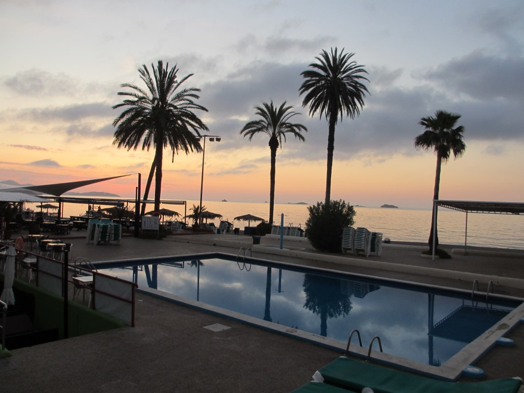 Ibiza-sunrise-beautiful-beach-palm-trees-pool