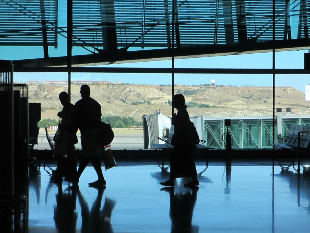 Madrid-Barajas-airport-travelers