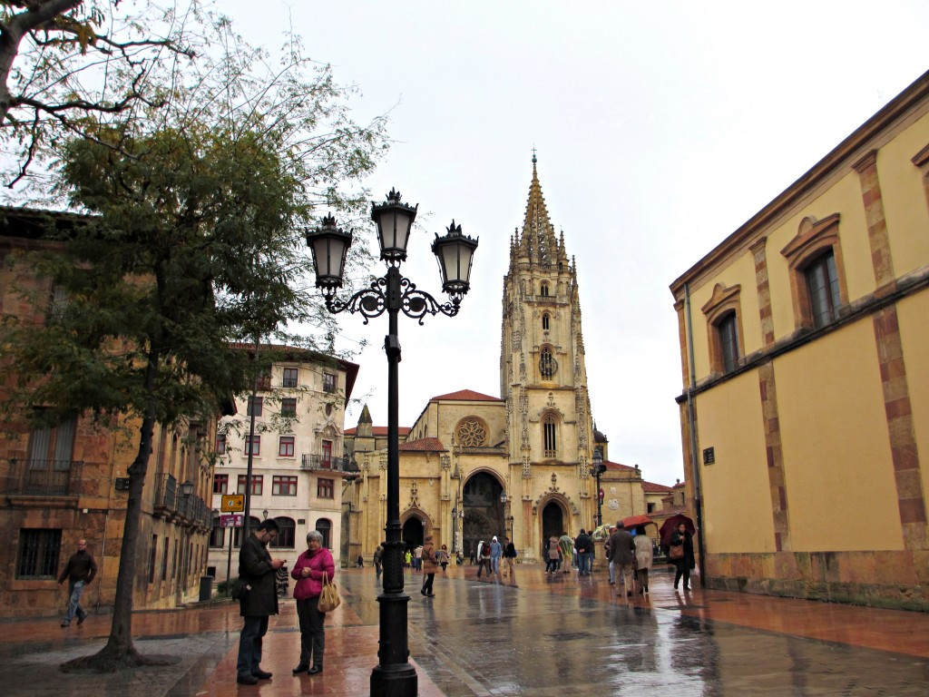 Oviedo-Asturias-Spain-rain-cathedral