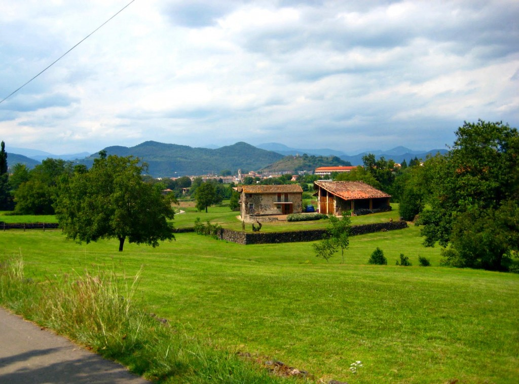 olot-pyrenees-pretty-countryside.jpg