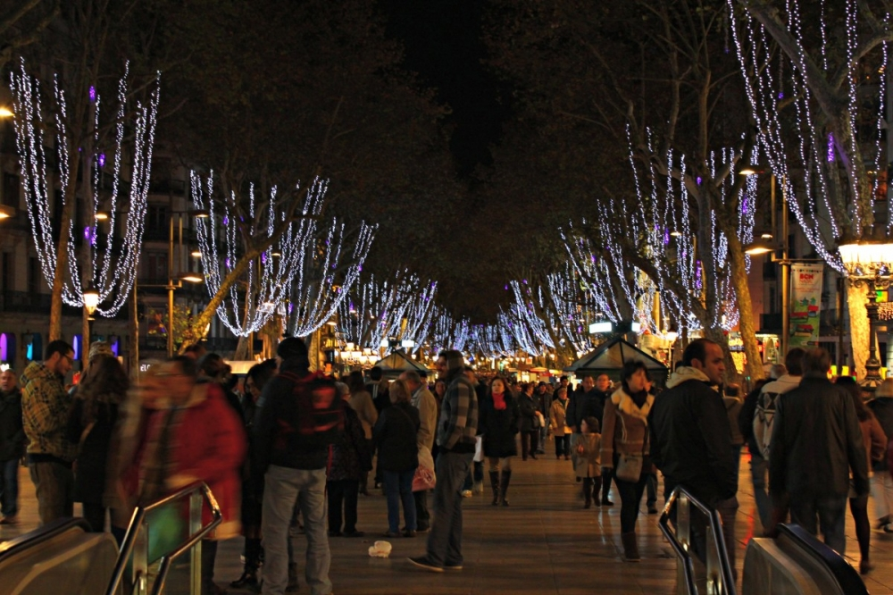 Barcelona-Christmas-lights-Las-Ramblas-2012