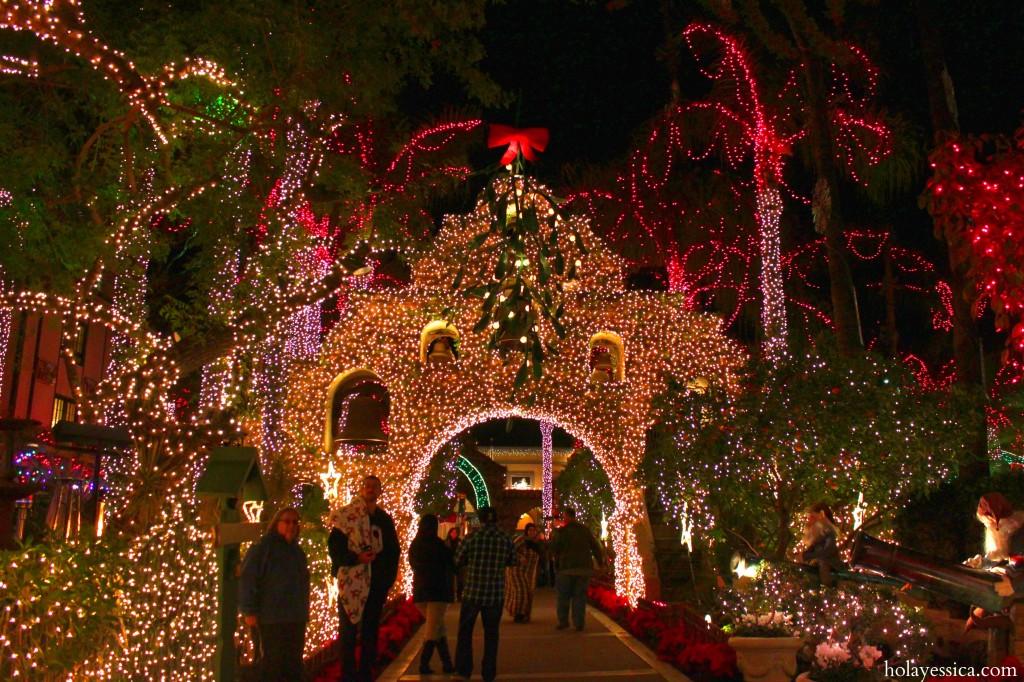 Mission-Inn-Riverside-California-Festival-of-Lights