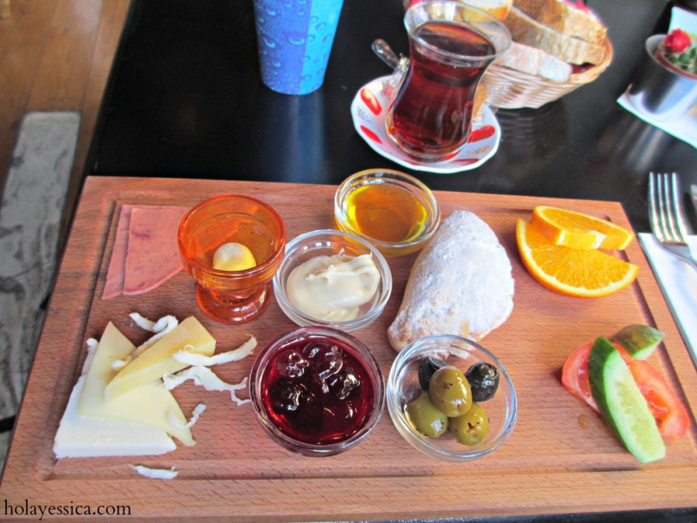 Turkish-breakfast-food