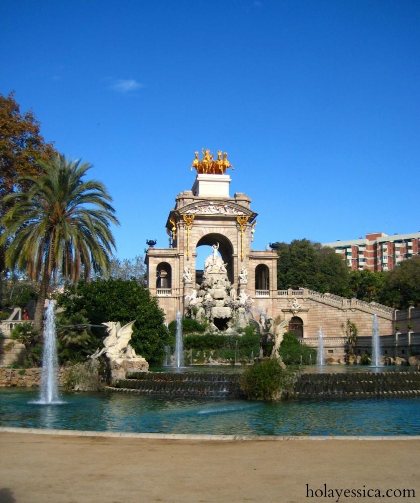Parc-de-la-Ciutadella-Barcelona-fountain