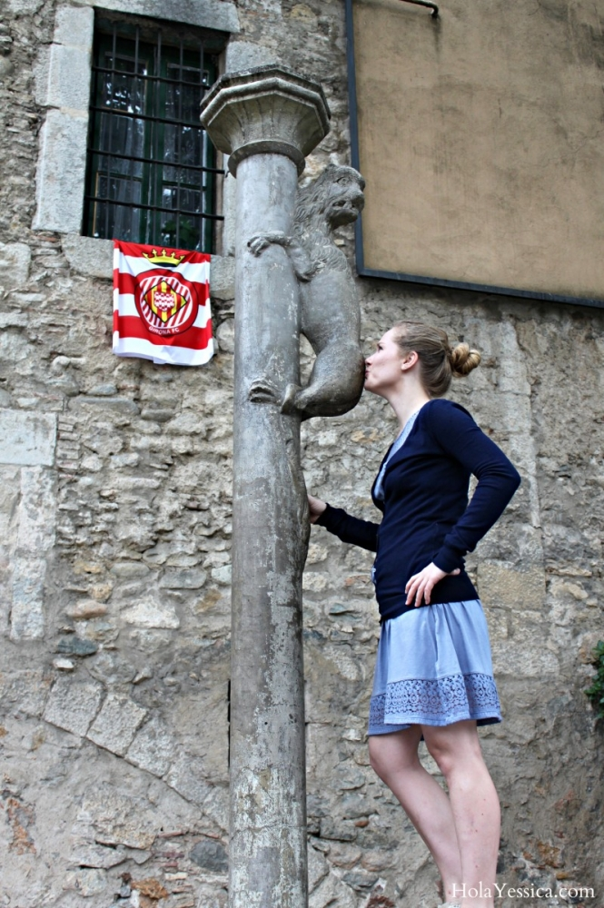 Kissing Weird Things in Girona