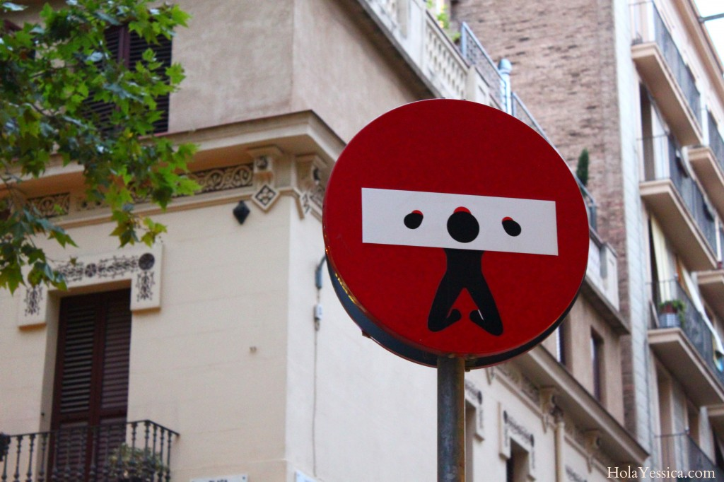 barcelona-street-art-graffiti-street-signs
