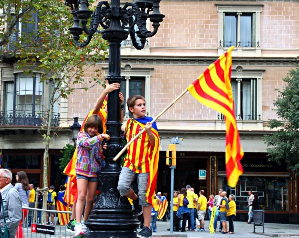 The Catalan Human Chain