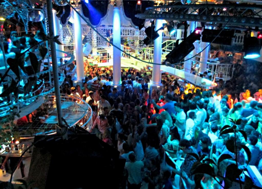 party-ibiza-paradis-summer-spain
