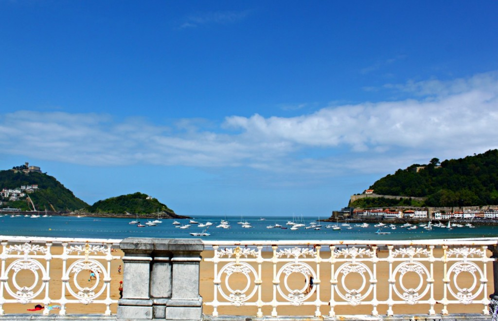 best-things-to-do-in-san-sebastian-spain-beach
