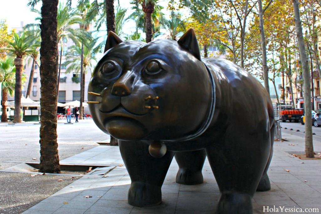 gato-botero-barcelona-cat-sculpture