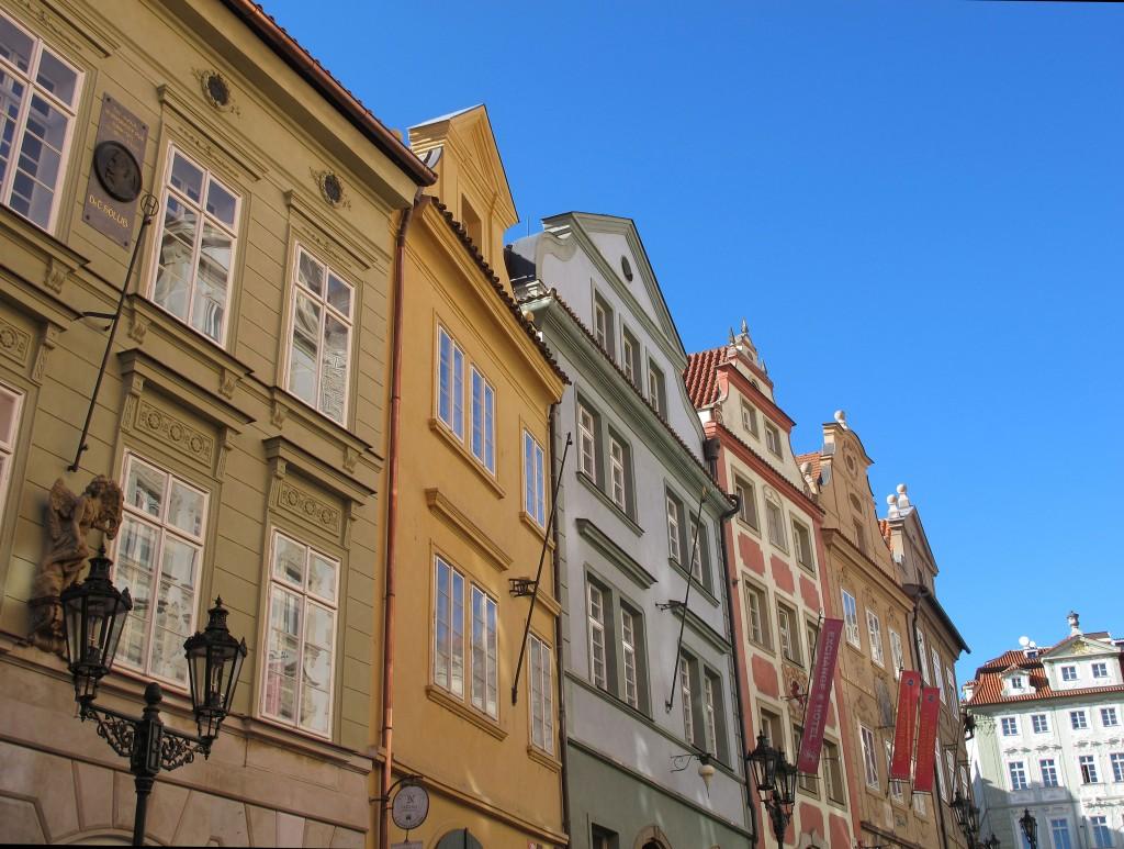prague-pretty-streets