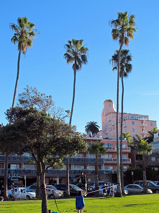 la-jolla-california-slacklining