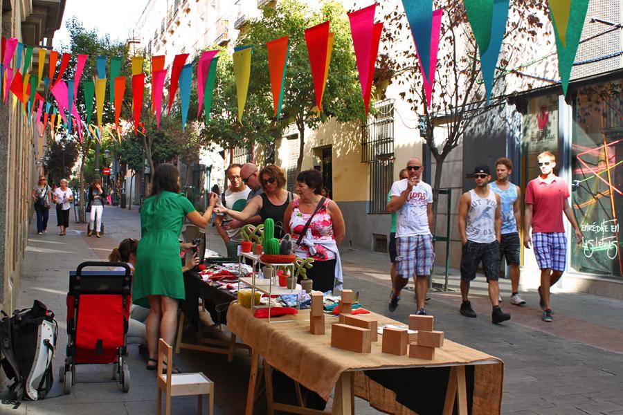 madrid-literary-quarter-huertas-frog-market