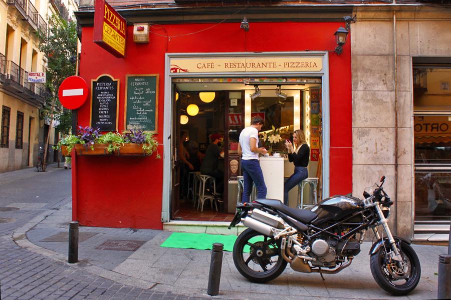 madrid-literary-quarter-street-scenes