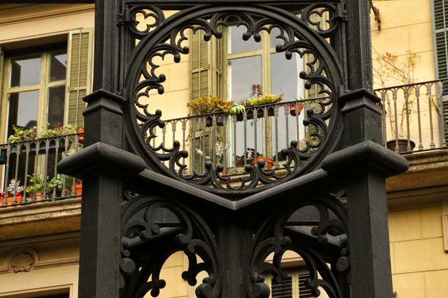 barcelona-modernist-details