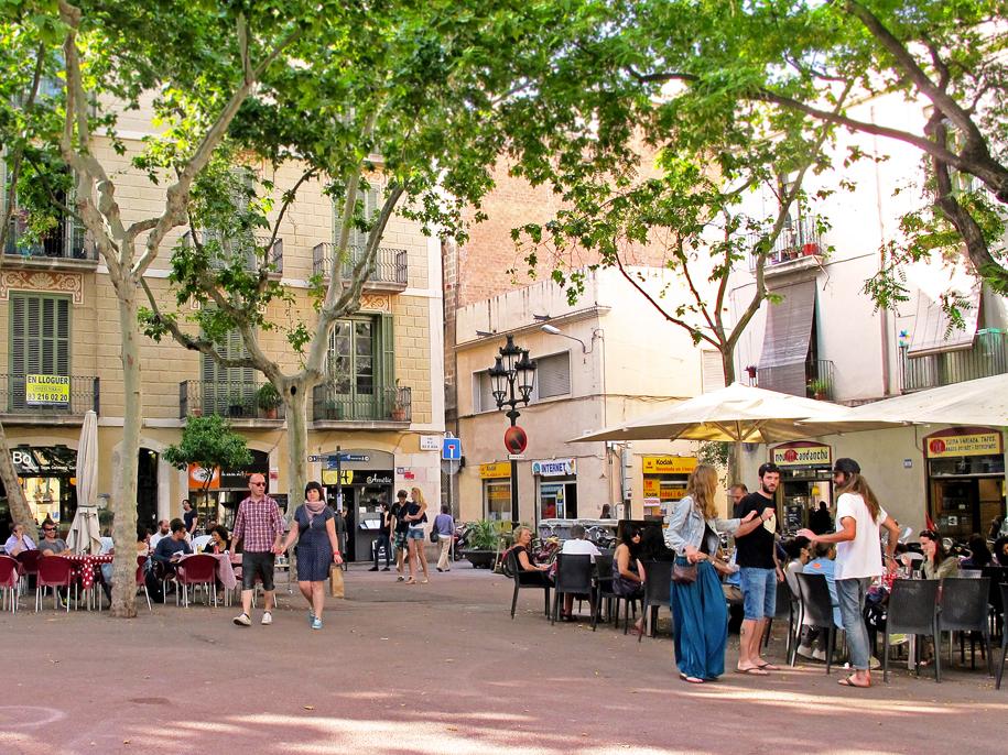 barcelona-placa-de-la-vila-de-gracia