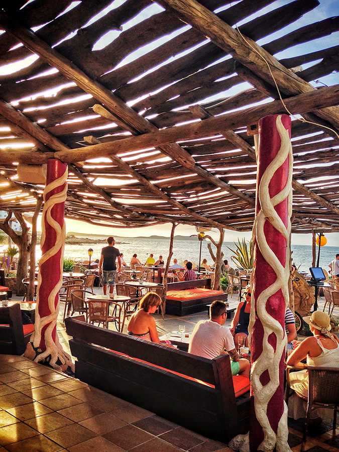 kumharas-chill-out-cafe-ibiza