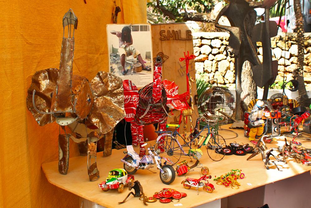 las-dalias-hippy-market-recycled-art-ibiza