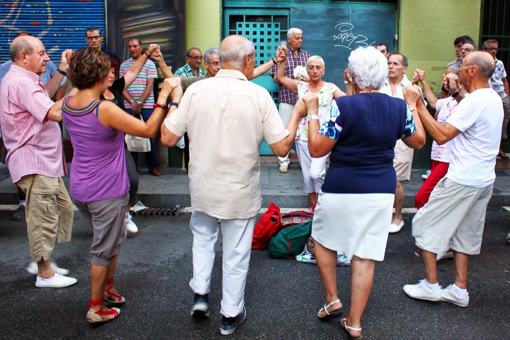 sardana-dance-gracia-barcelona