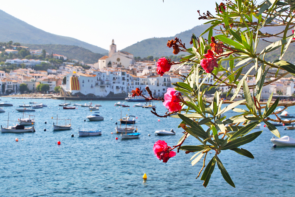 cadaques-church-boats-catalonia-trips