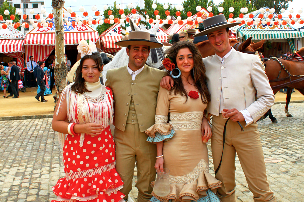 feria-de-abril-sevilla-spanish-festivals-outfits