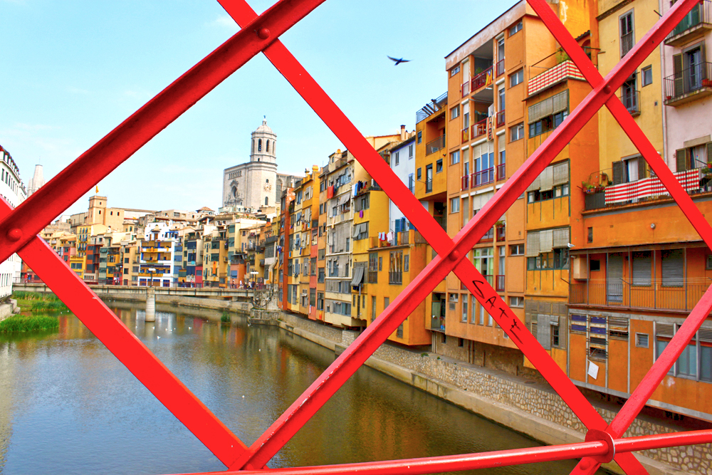 girona-eiffel-bridge-view-of-cathedral