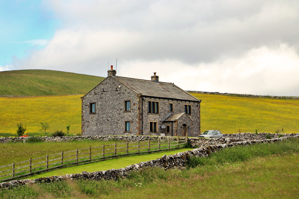 yorkshire-dales-farm-house