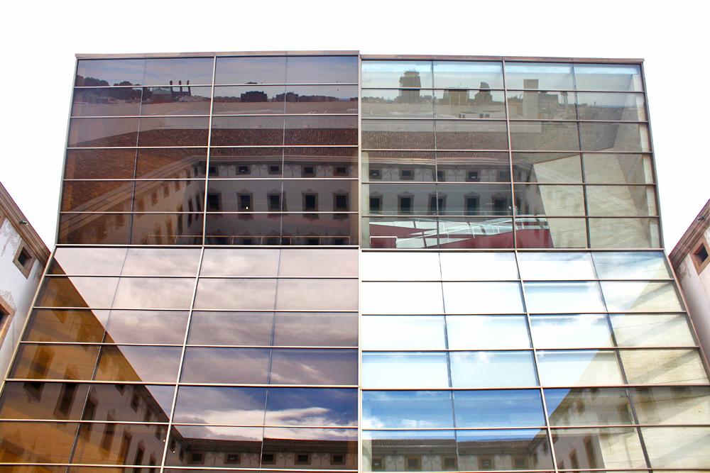 cccb-barcelona-reflection