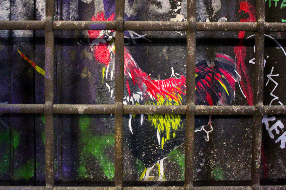 chicken-street-art-barcelona-graffiti