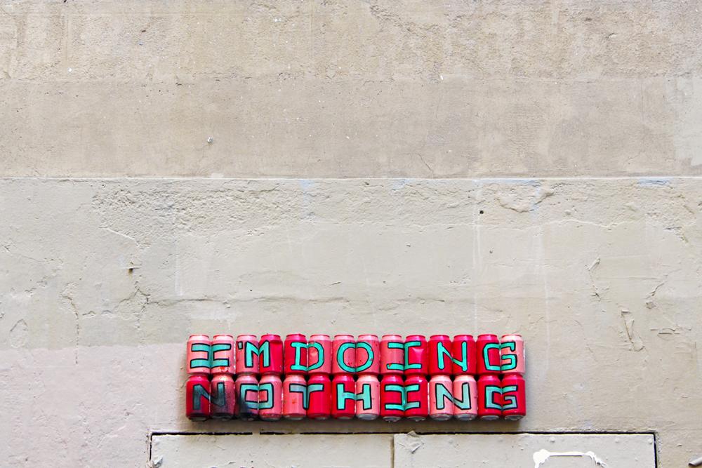 el-latero-street-art-barcelona-cans
