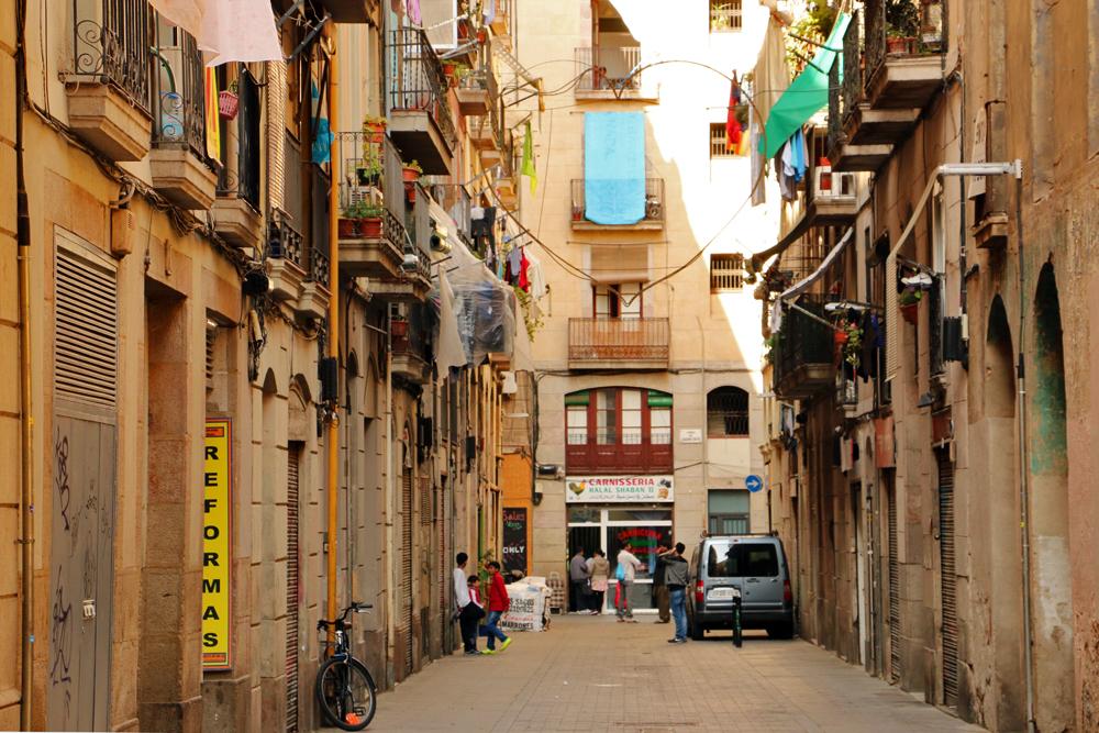 el-raval-heart-barcelona
