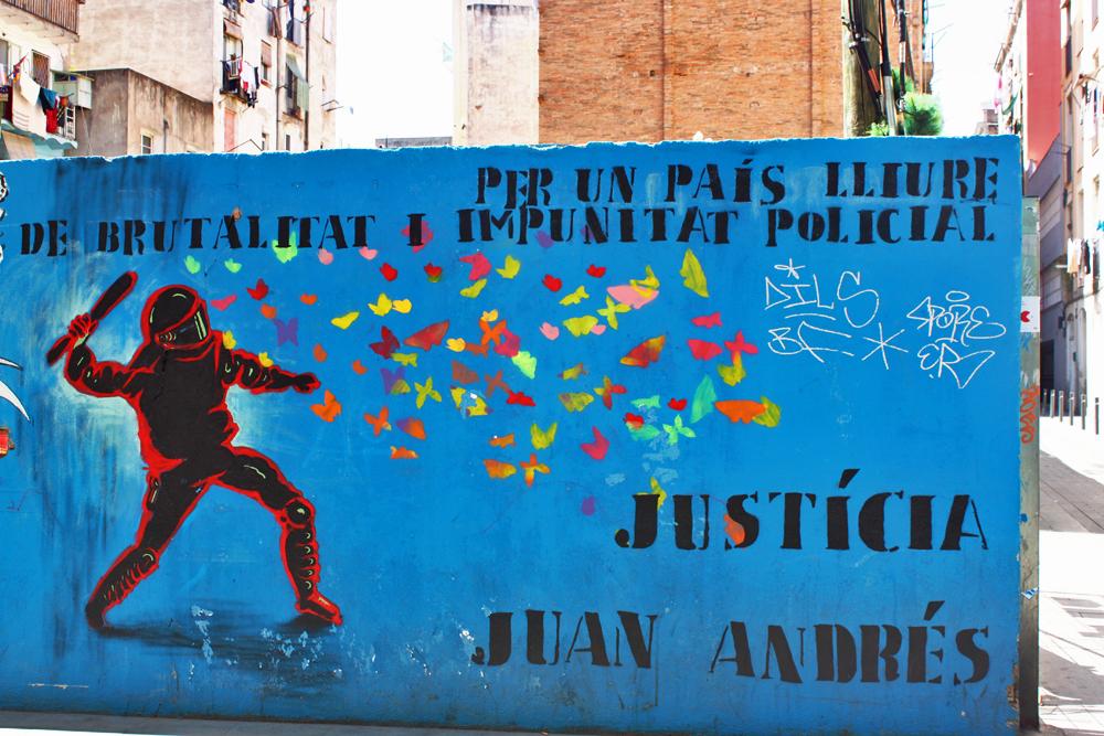 justicia-juan-andres-barcelona-arte-callejero-trip4real