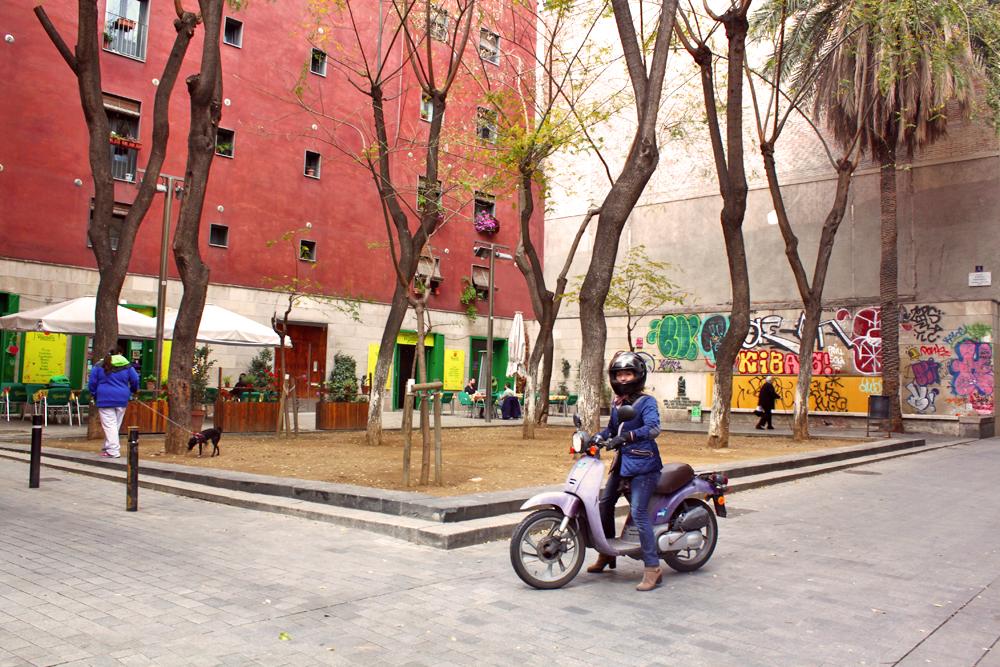 raval-barcelona-graffiti-street-art