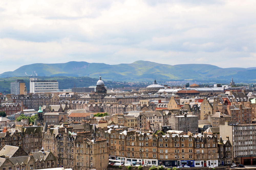 edinburgh-old-city-view-from-calton-hill