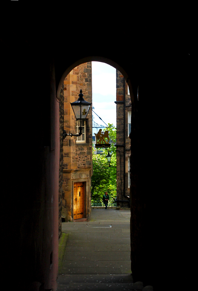 edinburgh-close-royal-mile-things-you-didnt-know