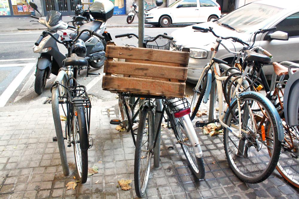 hipster-bike-sant-antoni-yuccies