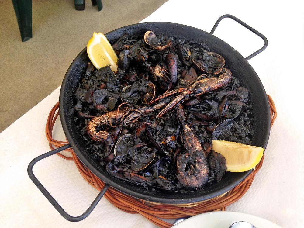 arroz-negro-blanes-cala-de-sant-francesc