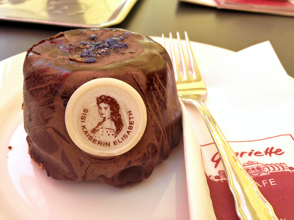 chocolate-violet-cake-gloriette-cafe-vienna