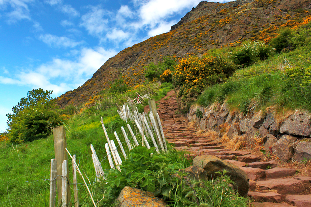 edinburgh-hike-to-arthurs-seat