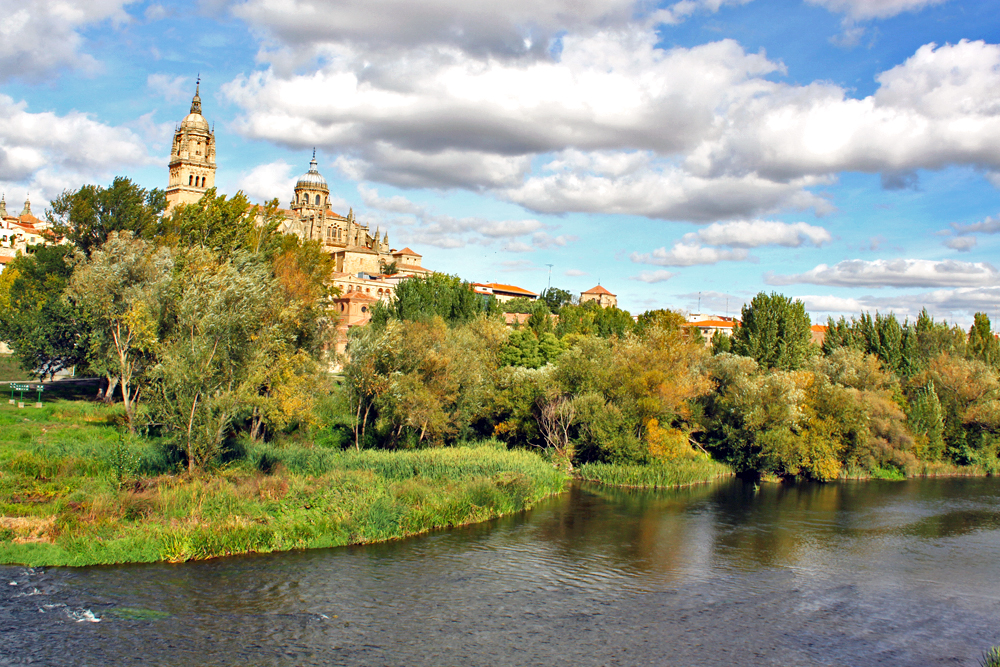 salamanca-places-to-visit-in-spain-apart-from-barcelona-and-madrid
