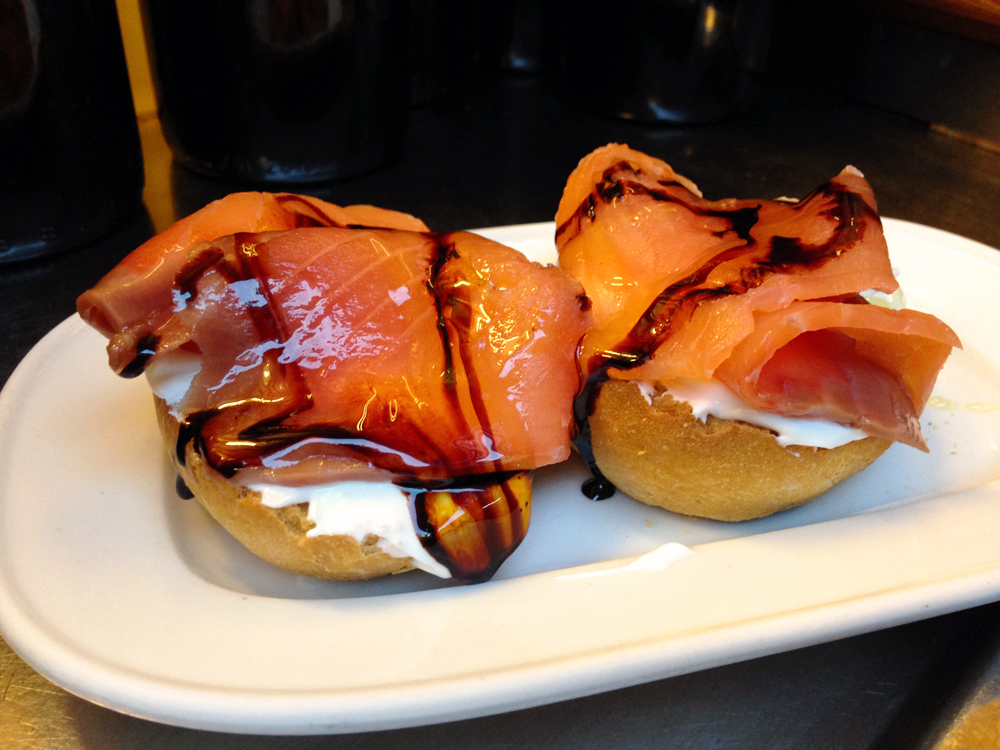 salmon-montadito-quimet-i-quimet-barcelona