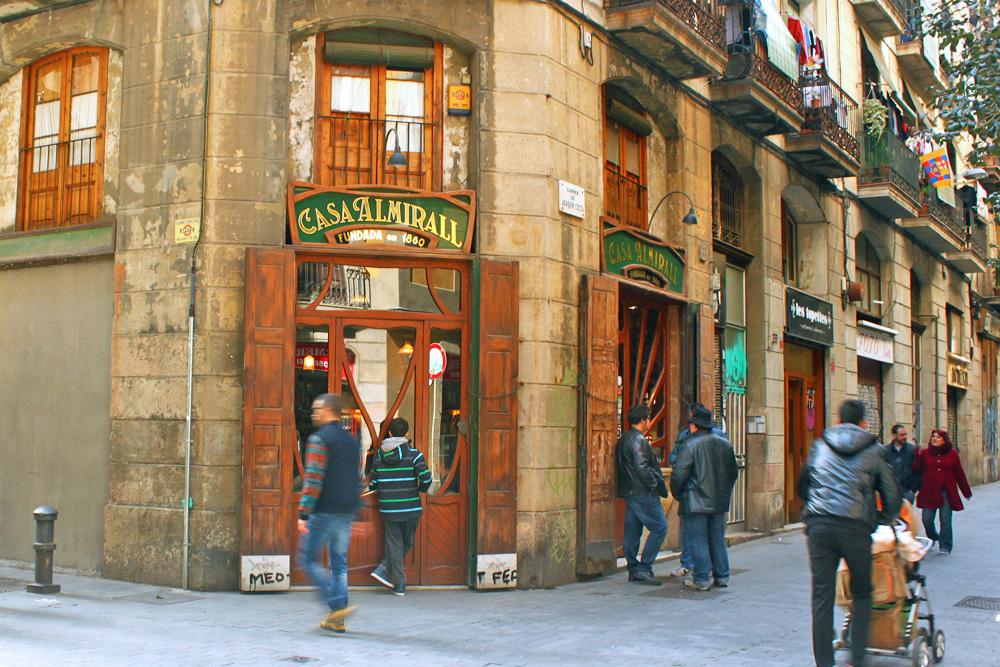 casa-almirall-carrer-joaquin-costa-barcelona