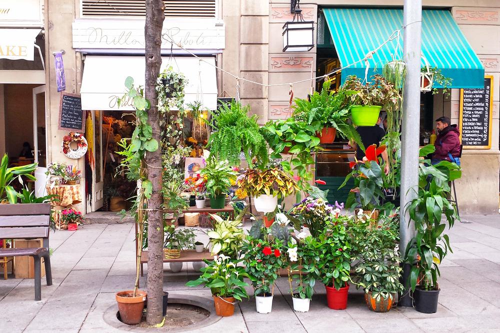 cool-streets-barcelona-enric-granados