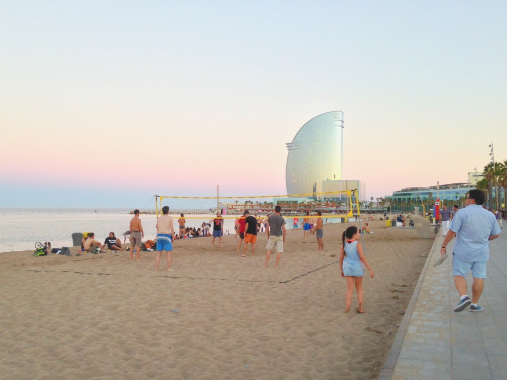 barceloneta-sunset-barcelona-in-summer